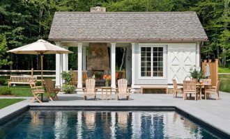 Pool House farmhouse-pool
